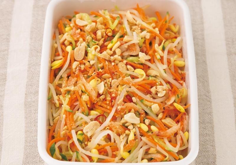 低醣懶人料理!泰式涼拌黃豆芽沙拉,炎炎夏日正開胃