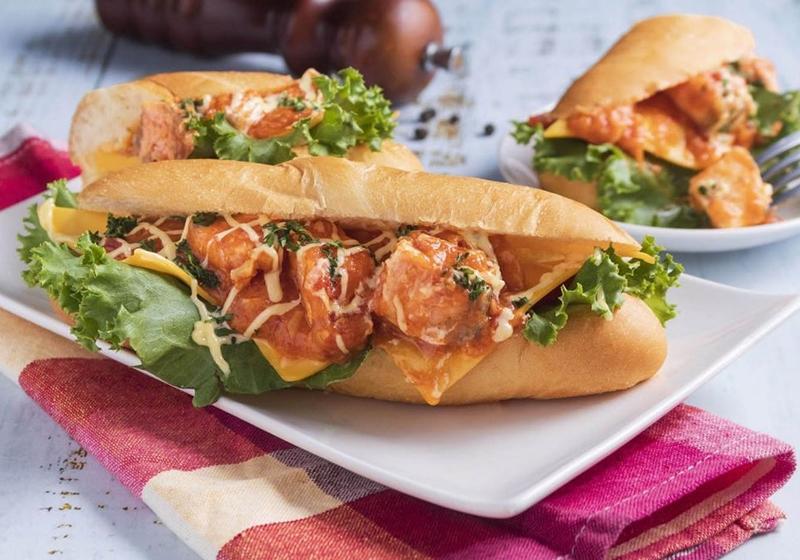 美式餐廳早午餐DIY!「骰子鮭魚潛艇堡」美味配方跟著做