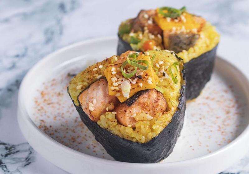 零失敗野餐食譜!日式鮭魚三角飯糰