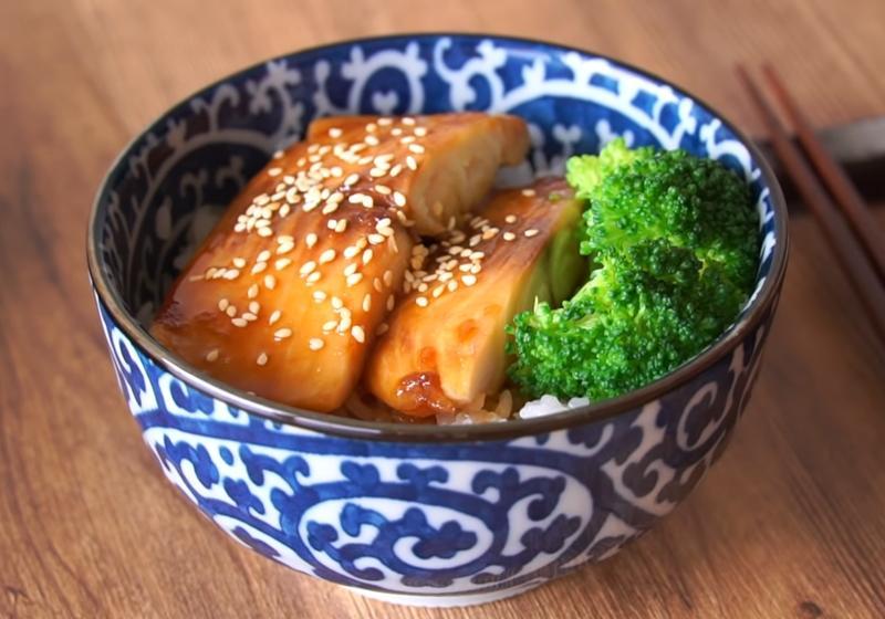 影音》平民版蒲燒鰻魚蓋飯|用「鯛魚」取代美味又實惠!
