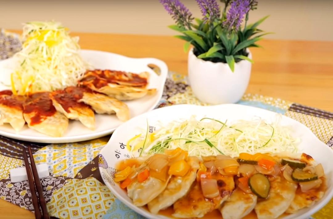 一鍋兩吃「韓式薄煎餃」!懶人一學就會的水餃包法、甜辣沾醬
