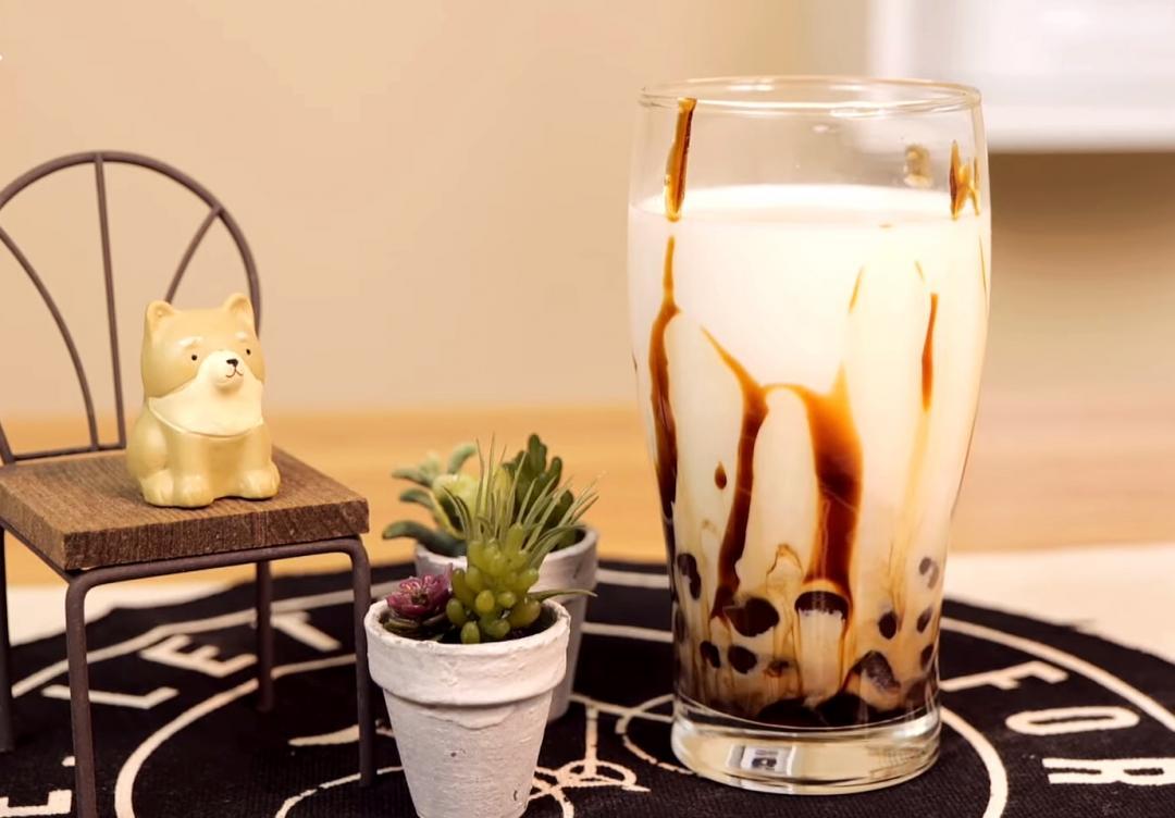 黑糖珍珠鮮奶 | 手炒黑糖蜜+自製珍珠,好喝的秘密武器大公開