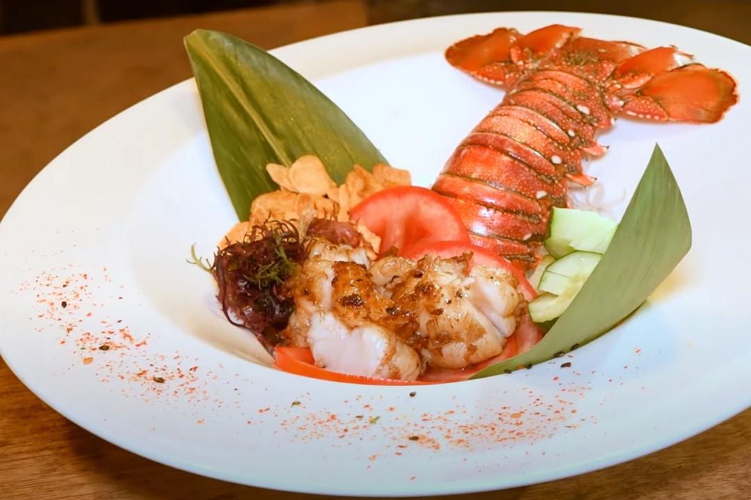 剪刀+湯匙就搞定!料理龍蝦超簡單 學起來犒賞自己