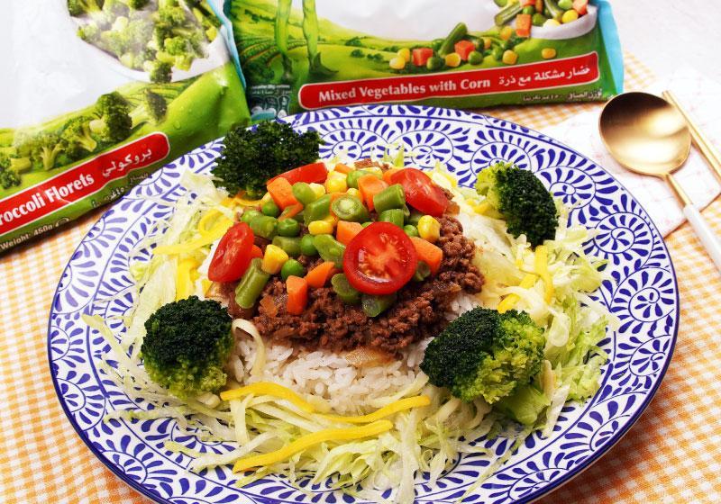 想吃沖繩的特色料理塔可飯嗎?媽媽煮給你