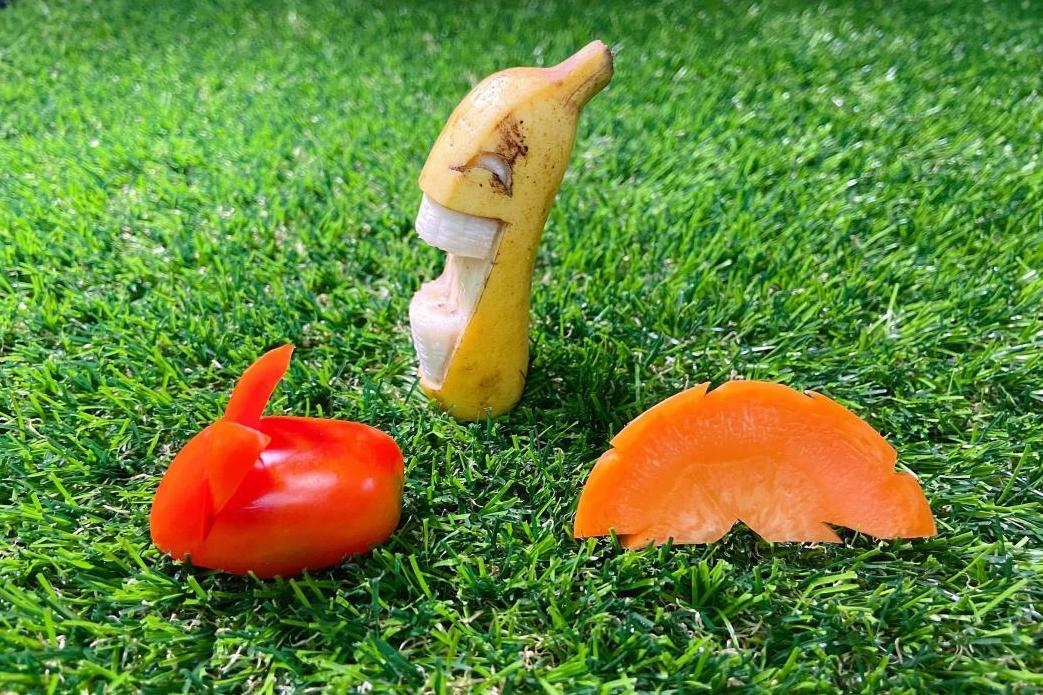 動手DIY小番茄變療癒兔兔!影片教學 3 款果雕把可愛端上桌