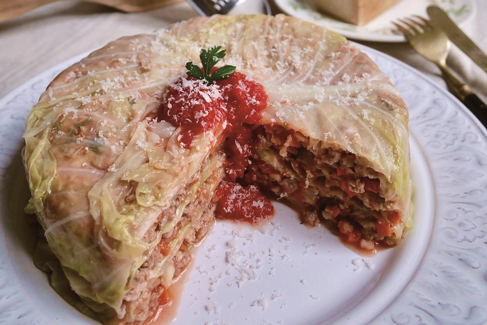燉高麗菜千層 | 一只圓鍋教你做夢幻「偽蛋糕」