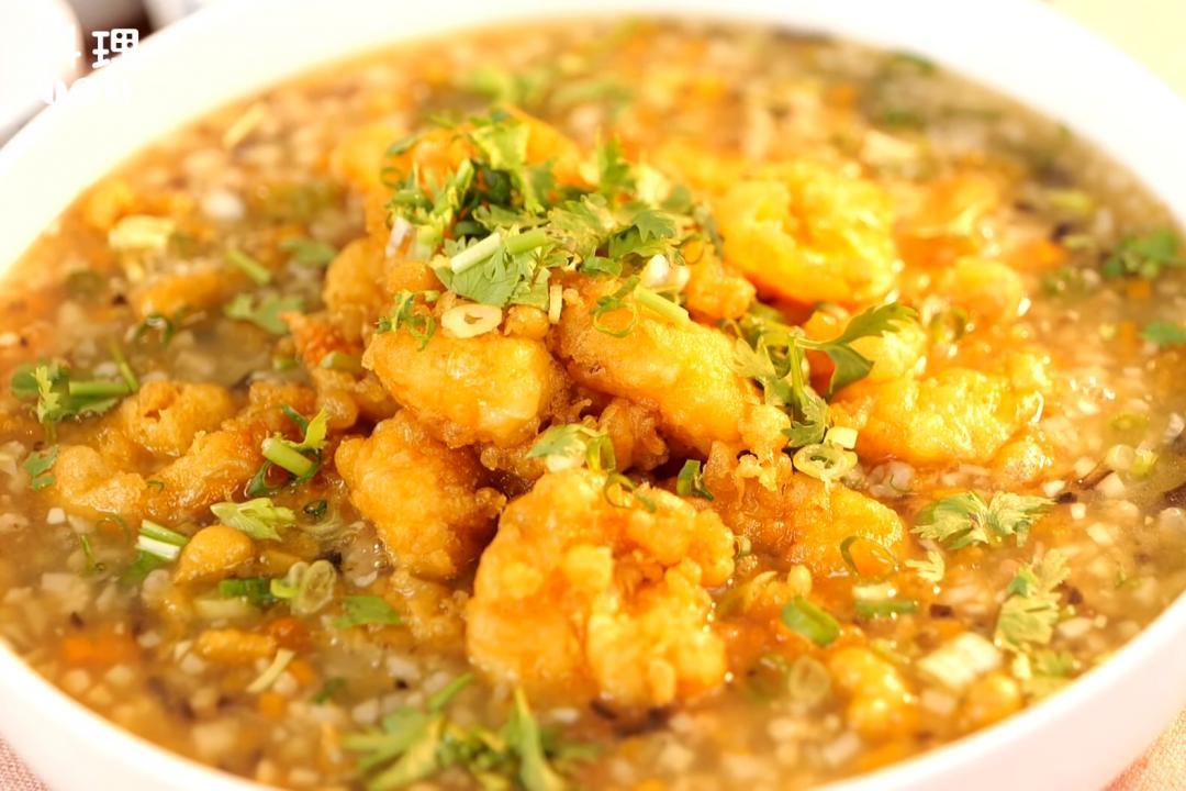傳統酒家菜「肉米蝦」!鮮香蝦酥佐暖呼呼羹湯美味下飯