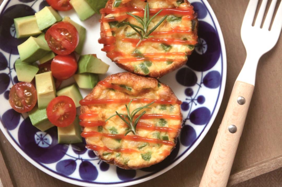 馬芬烤模做澎湃早午餐!「藜麥時蔬烘蛋」營養高纖15分鐘出爐