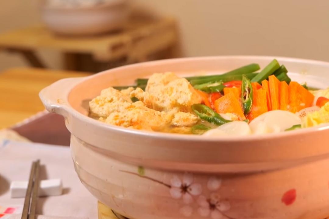 雞肉丸子火鍋 | 主廚「自製高湯包」煮出清澈湯頭秘訣在這