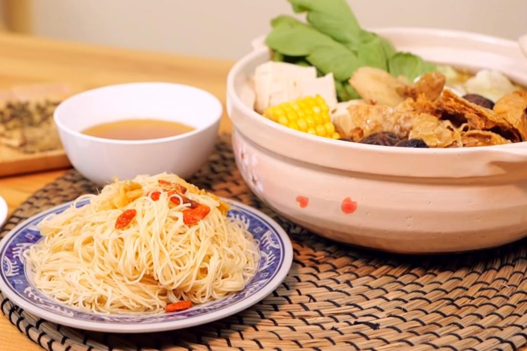 薑母鴨必備「薑汁湯底」大補帖!素食也能吃的鍋底&麻油拌麵線