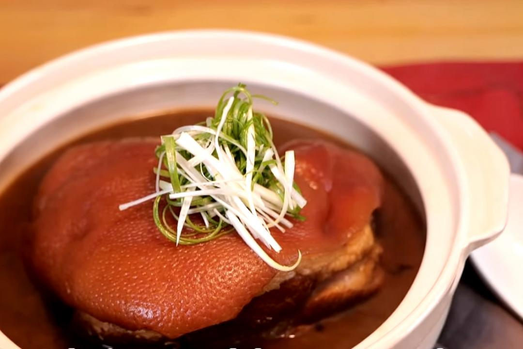 沖繩黑糖福元蹄 | 傳統年菜滷豬腳「多一味」香Q不油膩