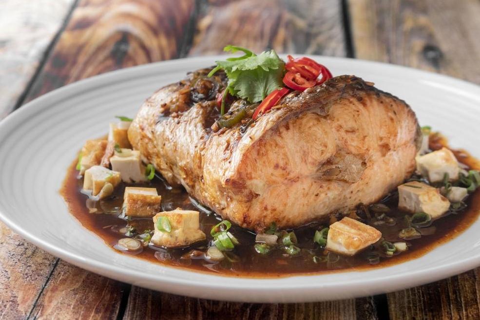 豆瓣鮭魚豆腐 | 香辣開胃好下飯!