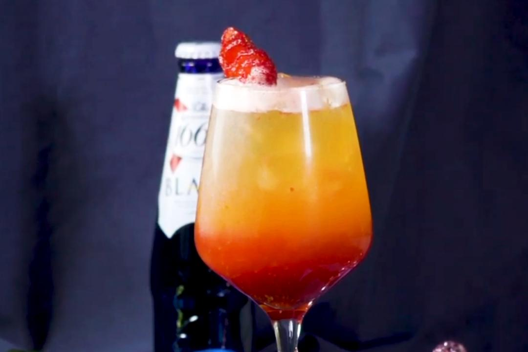 來杯「粉紅系草莓啤酒」!超簡單派對調酒在家DIY