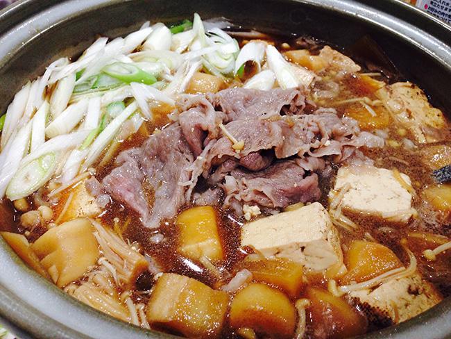 日本太太教你壽喜燒醬「黃金比例」!必備配料、道地吃法學起來