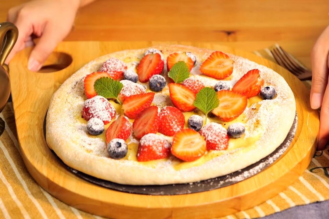 草莓披薩DIY!棉花糖卡士達醬甜蜜重現戀愛滋味