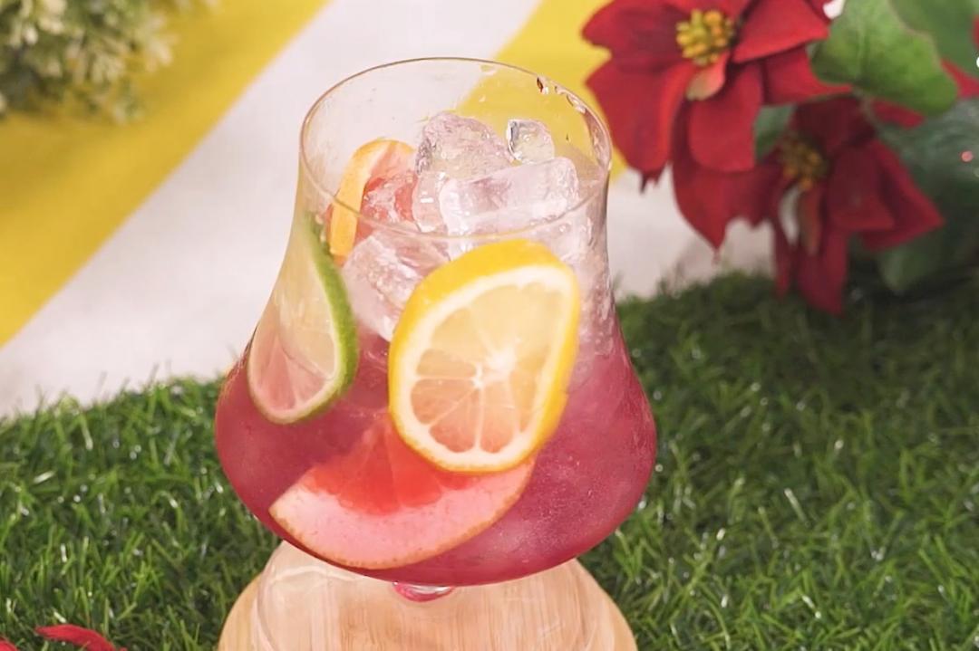 水果氣泡飲沁涼消暑!自製「濃縮葡萄汁」營養好好喝