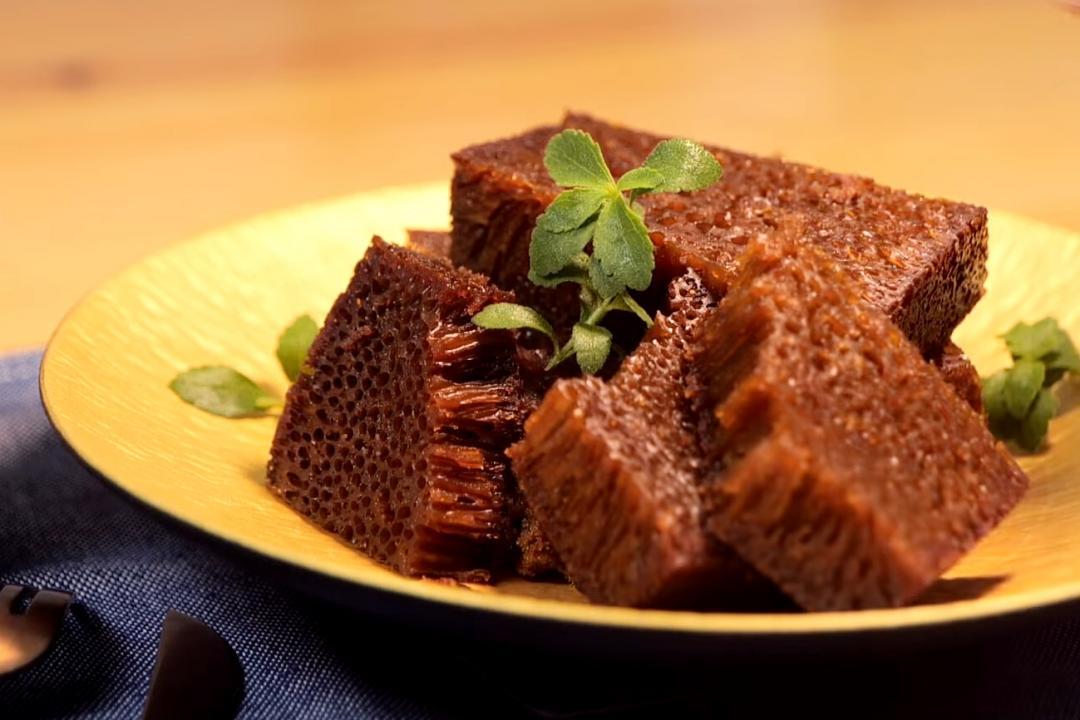 「蜂巢蛋糕」Q彈黑糖香做法超簡單!攪拌一下就完成