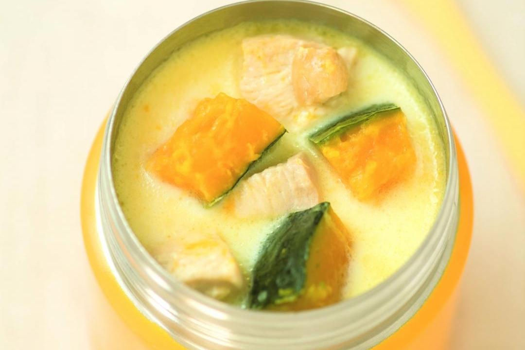 燜燒罐「湯便當」10分鐘完成!南瓜雞肉豆漿濃湯療癒暖胃
