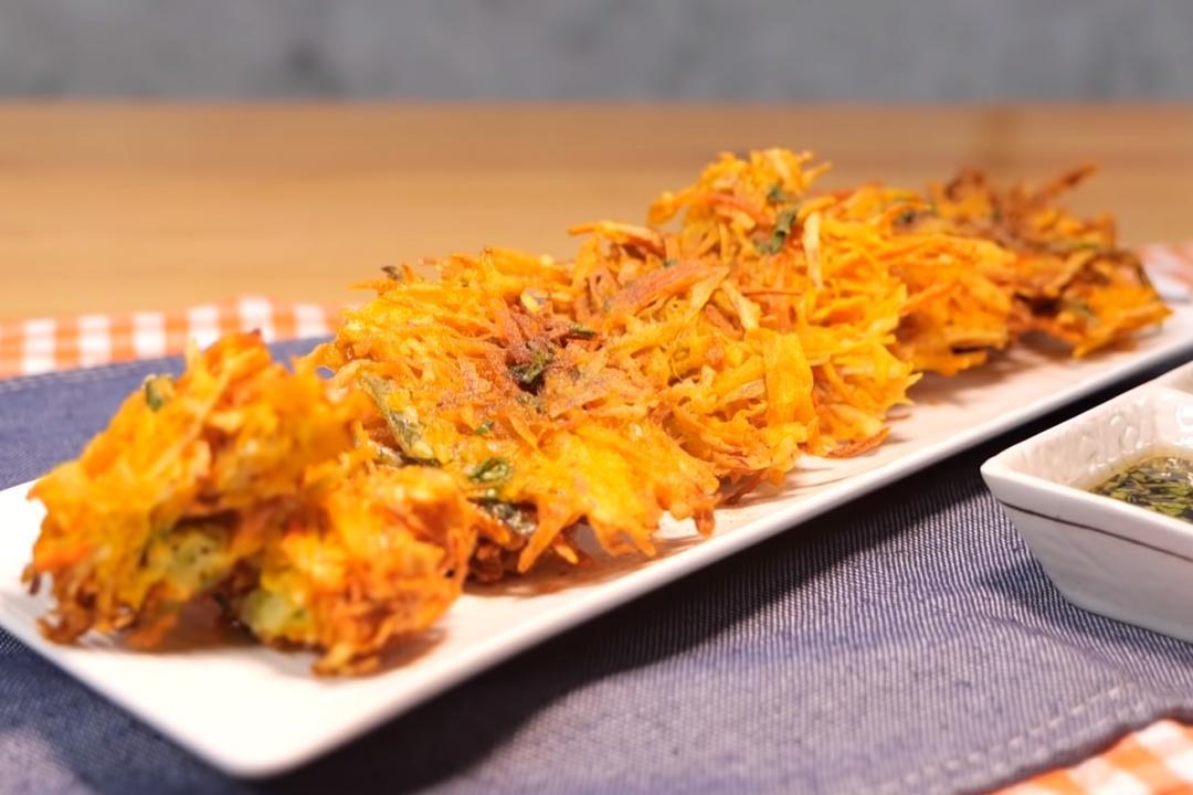 學做客家天婦羅!「炸南瓜婆菜」金黃酥脆香