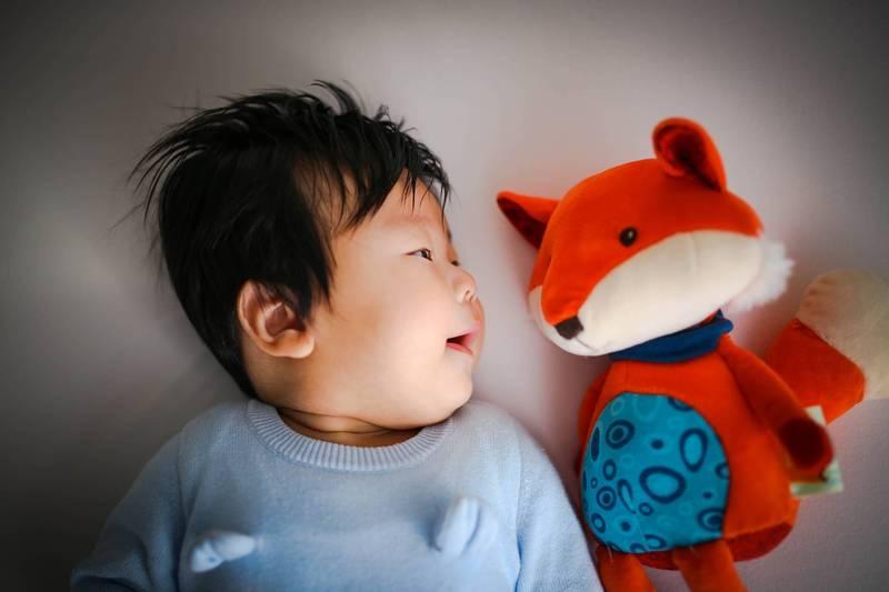 別讓睡眠姿勢與玩偶帶走寶寶生命!5項細節須注意
