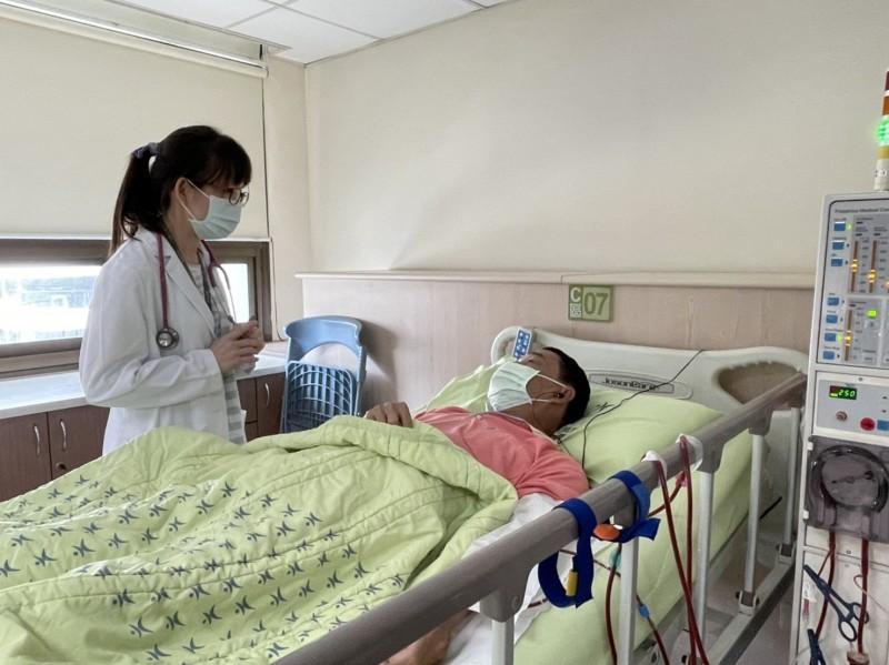 洗腎同時治癒C肝 高市大同醫院獲無C肝洗腎室認證