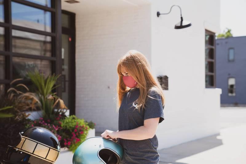 健康網》戴口罩能不能防曬? 醫:戴了也擋不住紫外線 - 美顏抗老 - 自