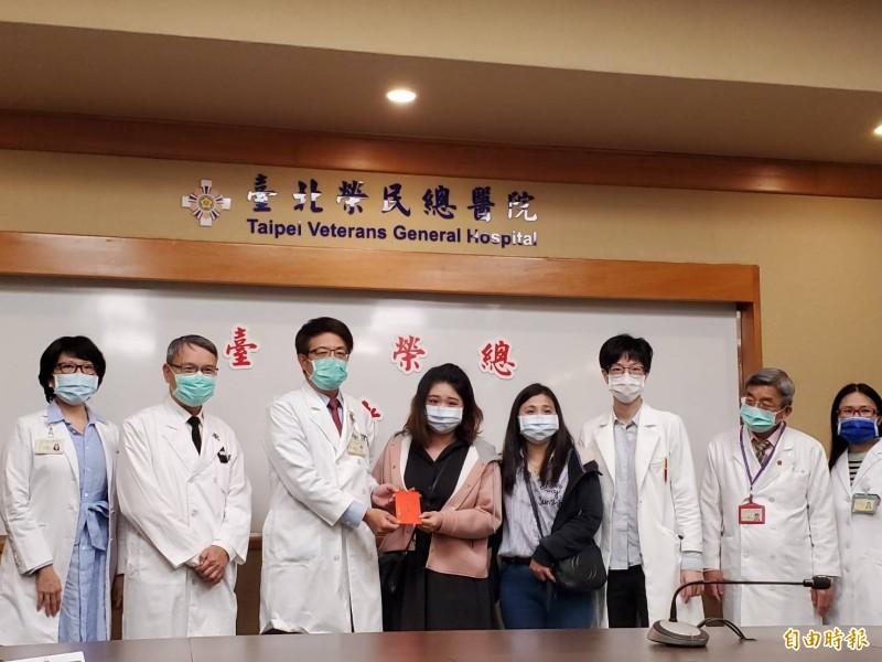 少見!22歲女心臟黏液瘤亂甩命危 北榮24小時4手術成功搶救
