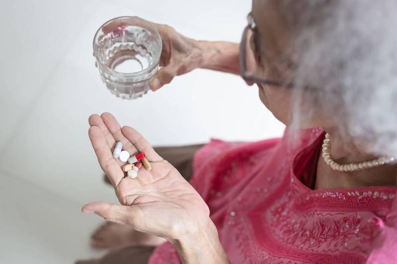 健康網》疫苗接種後吃止痛藥 「7大注意事項」不可不知 - 新知傳真 -