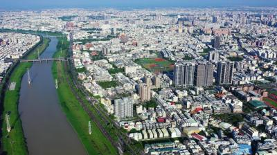 蛋黃、蛋白新案價差縮小 台南人口回流市區