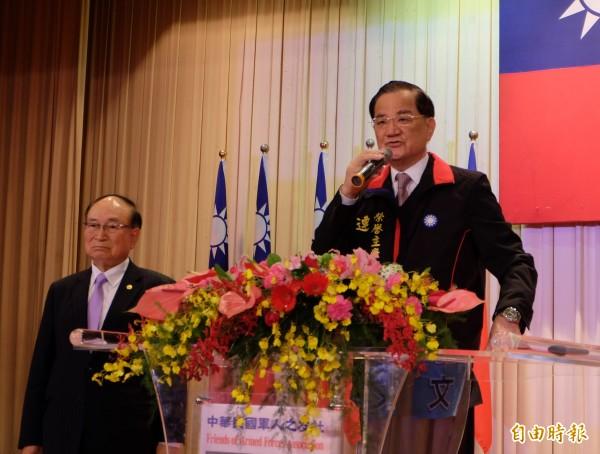 國民黨榮譽主席連戰今天上午出席連勝文同鄉總會後援會成立大會。(記者盧姮倩攝)