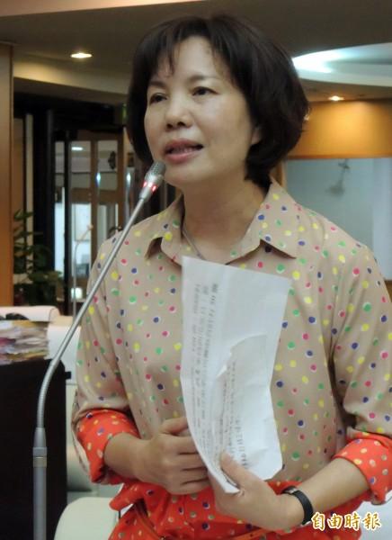 郭秀珠自爆她為表清白,議長選舉投空白票。(記者蔡文居攝)