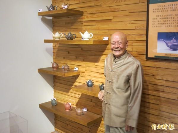 竹南蛇窯創辦人林添福的「九十壺特展」,將自4月11日展至6月30日。(記者鄭鴻達攝)