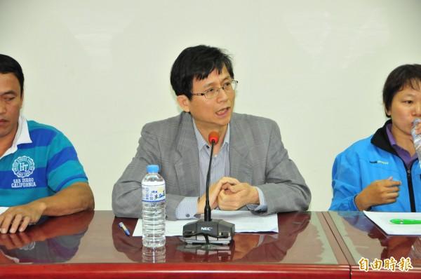 律師詹順貴也專程到花蓮參加共管會議,他說,若行政本位的思考不改變,永遠無法有前瞻性作為。(記者花孟璟攝)