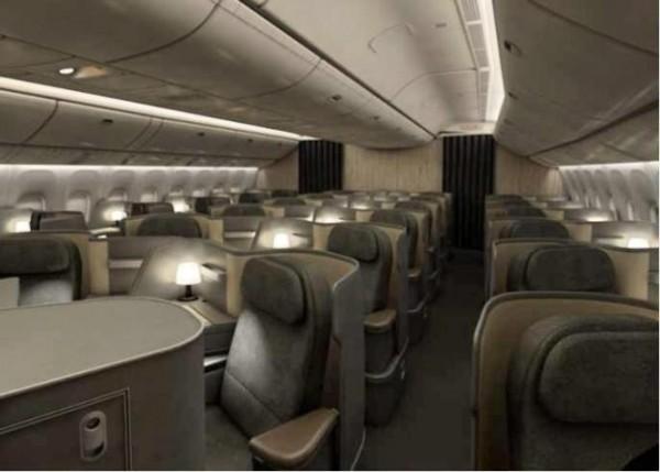 華航全新波音777班機強調引進全新硬體設備,客艙設計還獲頒2014年金點設計獎,但卻因為廁所故障被迫在安克拉治降落。(華航提供)
