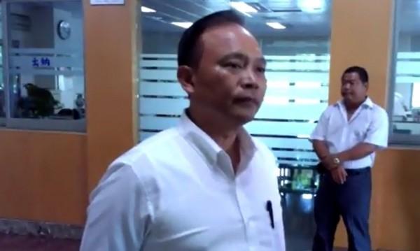 縣長林聰賢表示,教育部違法在先,不得向學生提告。(記者簡惠茹翻攝)