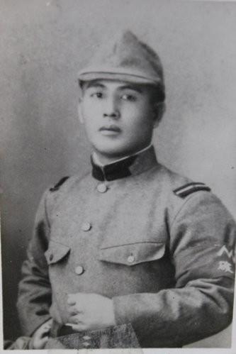 奉派為海軍巡查隊隊長的日本警官廣枝音右衛門,在二戰末期於馬尼拉扛起抗命之責,犧牲自己並保全2000名台灣兵的性命,也因此被台籍下屬感念至今。(記者鄭鴻達翻攝)