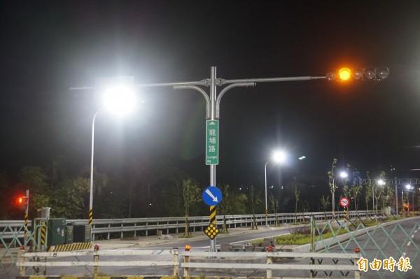 北大聯外道路新闢一條長約1公里的「龍埔路」。(記者張安蕎攝)