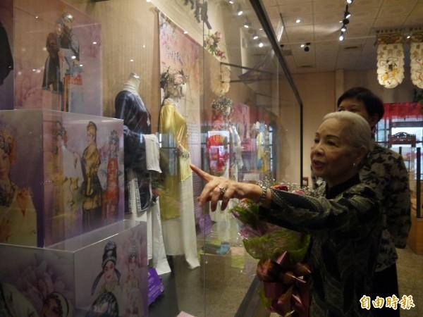 台灣戲劇館設有廖瓊枝常設展,推廣歌仔戲文化。(記者簡惠茹攝)