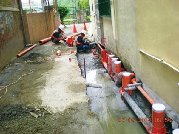 水利局持續施作污水下水道工程,圖為施工現場。(台中市水利局提供)
