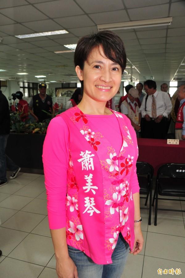立委蕭美琴說,民調領先反應鄉親對她這幾年在地方打拚,是「有感」的。(記者花孟璟攝)