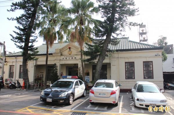 新竹縣新埔警分局關西分駐所古色古香,被列為縣定古蹟,等新所竣工後 將搬遷。(記者黃美珠攝)