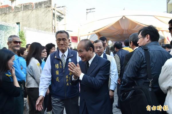 立法院長王金平出席吳德美告別式致意。 (記者張忠義攝)