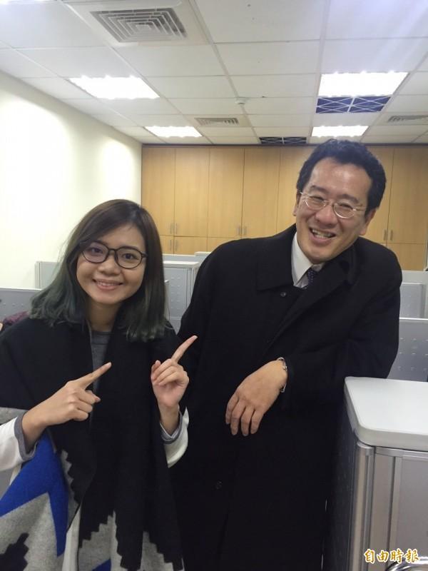 民進黨立委顧立雄是黃郁芬的委任律師,現在則變成黃郁芬老闆。(記者蘇芳禾攝)