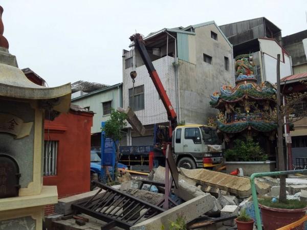 風神廟受震災毀損情況。(記者洪瑞琴翻攝)