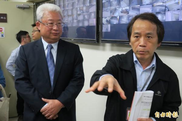台電總經理朱文成(左)、台北市副市長林欽榮參加興隆公宅的節電系統。(記者郭安家攝)
