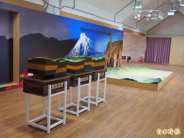 池上鄉公所把閒置的遊客中心變地牛故事館。(記者王秀亭攝)