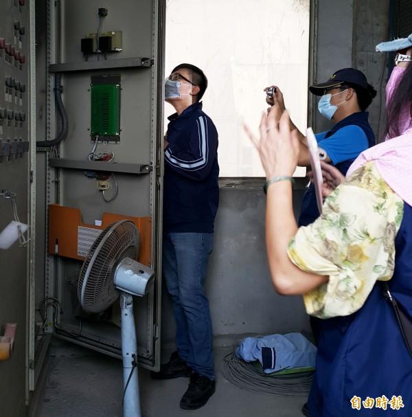 環保局查出靜電集塵設施與許可不符。(記者陳文嬋攝)