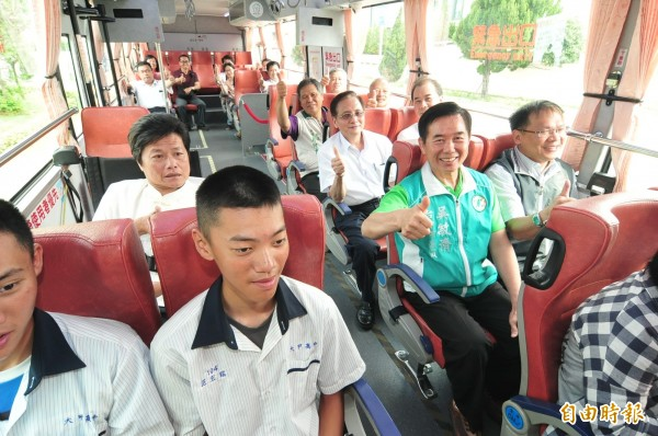 659線公車將上路,可嘉惠海線地區學生、通勤族及求診民眾。(記者李忠憲攝)