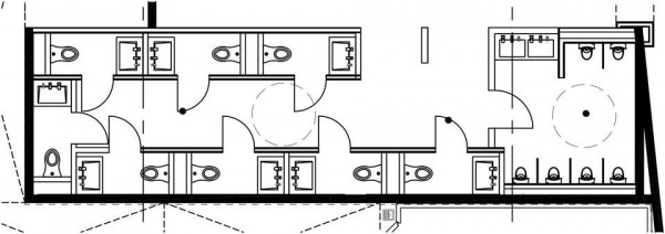 新的廁所設計圖明顯可看出右半邊是站立式的小便斗區,左半邊是有坐式馬桶的隔間區。(圖擷取自阿拉摩電影院官方臉書)
