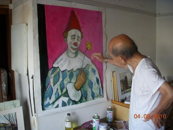 張義雄的作品除了靜物、人物與風景,常見刻畫市井百態,流露對鄉土的情感。(李金祝提供)